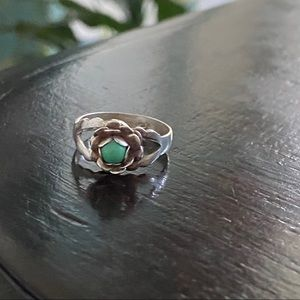 925 Sterling Silver Turquoise Flower  Ring Size 5